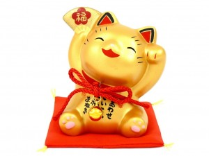 Maneki Neko with gold fan
